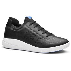Transform sneaker voor de keuken een geweldige lichte schoen met grip.
